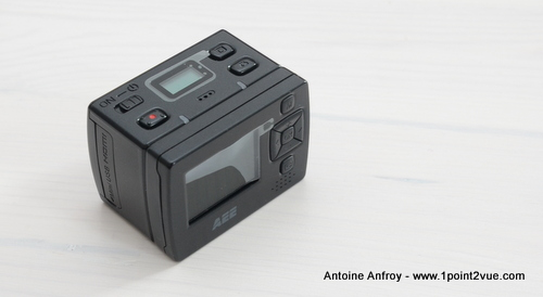 AEE-SD100-camera-ecran